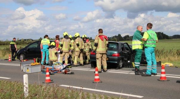 Zestien gewonden bij flink ongeluk Deltaweg.