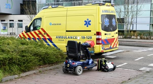 Vrouw op scootmobiel aangereden Vlissingen.