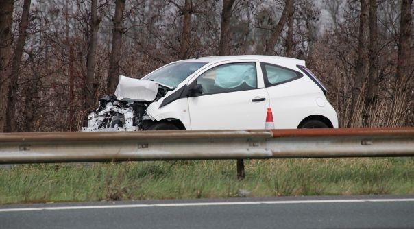 Vrouw gewond bij ongeluk op A58.