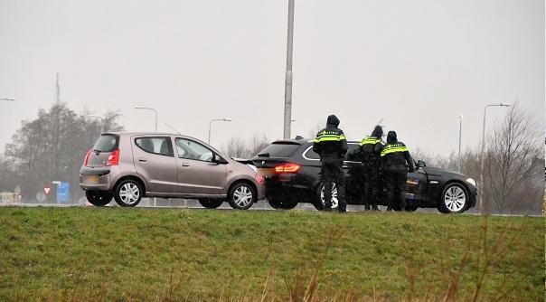 Botsing op N57 bij Serooskerke.