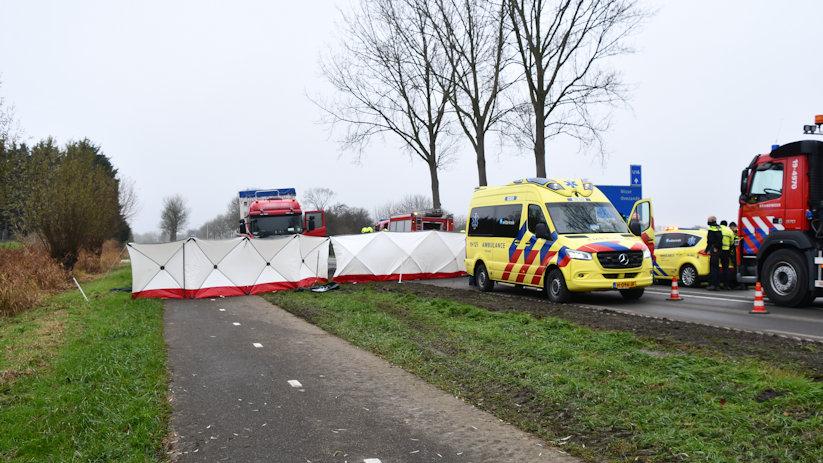 Dodelijk ongeluk Bernhardweg Oost s-Gravenpolder.