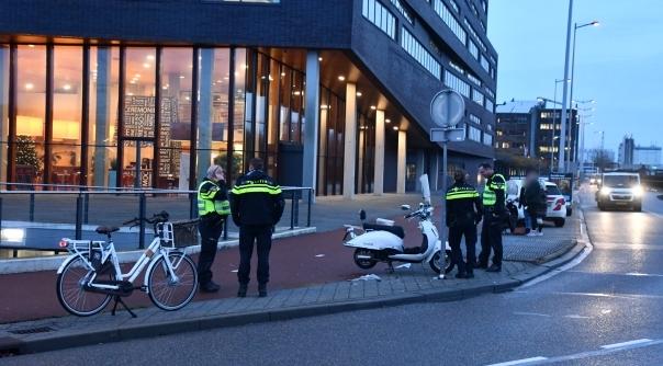 Ongeluk met twee scooters en fietser Middelburg.