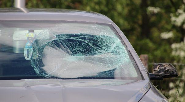 Fietser gewond bij botsing met auto Yerseke.