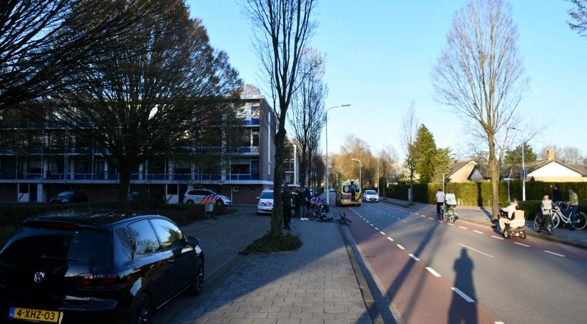 Vrouw naar het ziekenhuis gebracht na botsing Terneuzen.