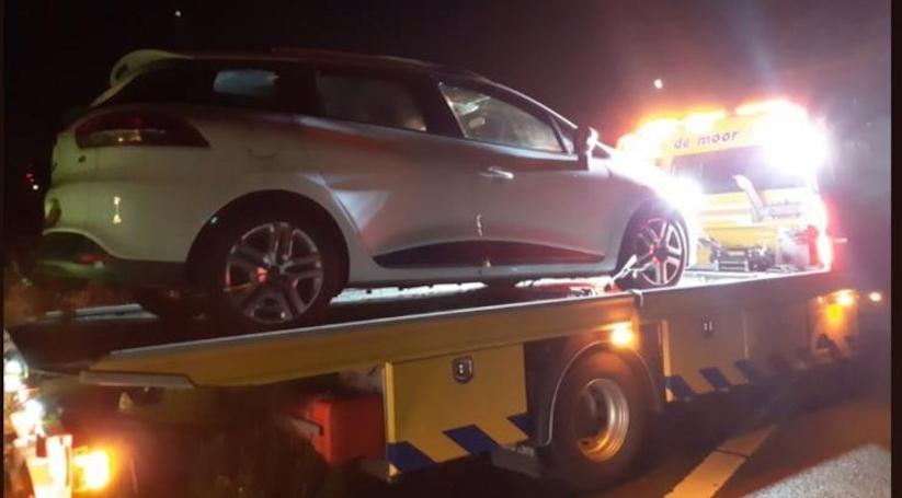 Bestuurder naar het ziekenhuis na eenzijdig ongeluk A58.