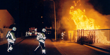 Forse brand in stapel pallets bij Sligro