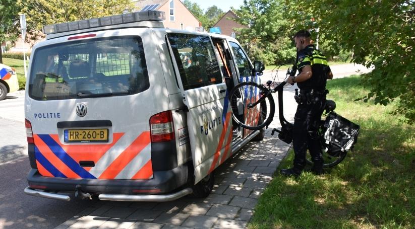 Ongeluk met fietser op rotonde in Goes.