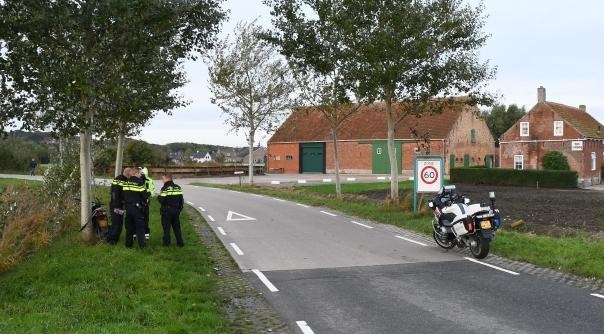 Scooter aangereden door auto Zoutelande.