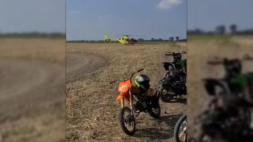 Traumaheli landt bij crossongeluk Sint Philipsland.