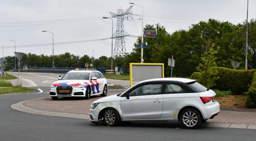 Auto's in botsing Valckenisseweg Rilland.