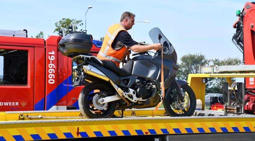 Motorrijder gewond bij ongeluk Oosterland.