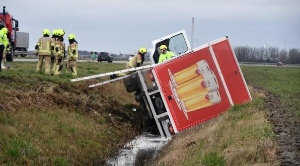 Ongeval met vrachtwagen Westerscheldetunnelweg.