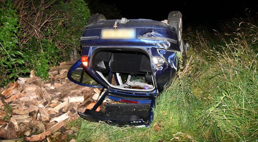 Twee gewonden bij auto-ongeluk Driewegen.