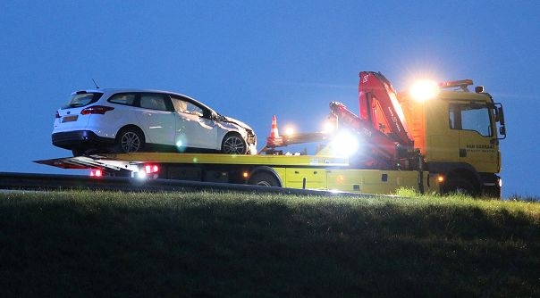 Automobilist ongeluk A58 viel mogelijk in slaap.