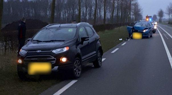 Schade bij aanrijding Nieuwstraat Oostburg.