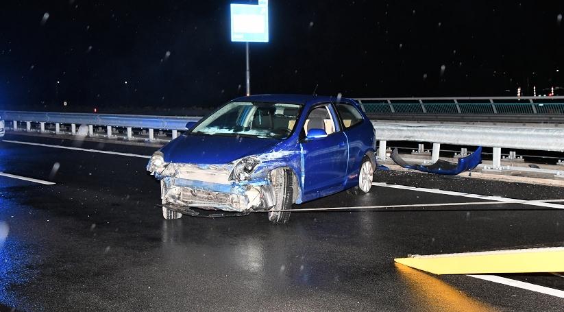 Forse schade bij ongeluk op N62 bij Axel.