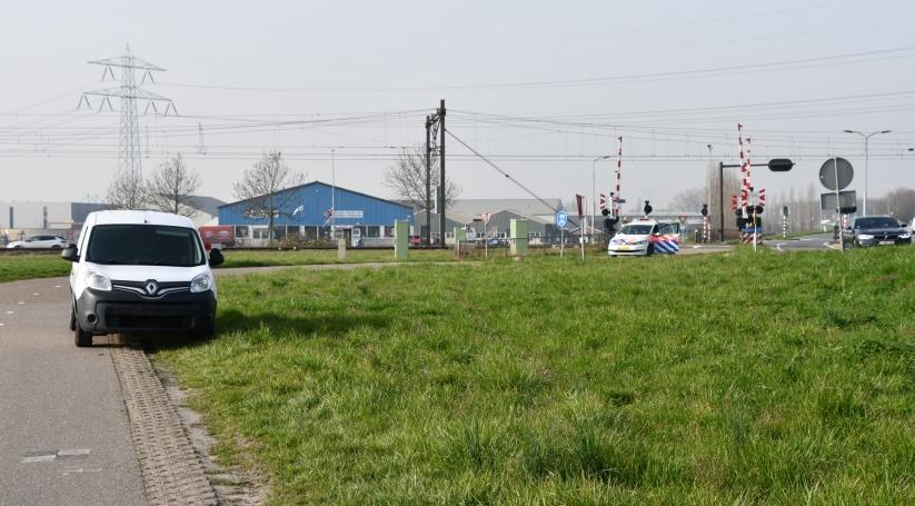 Motorrijder naar ziekenhuis na aanrijding Yerseke.