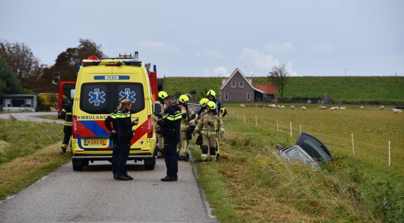 Man naar ziekenhuis na auto-ongeluk Borssele.