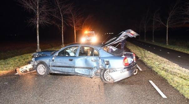 Gewonde bij auto-ongeluk Wilhelminadorp.