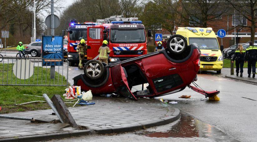Ernstig auto-ongeluk Grevelingenstraat Zierikzee.