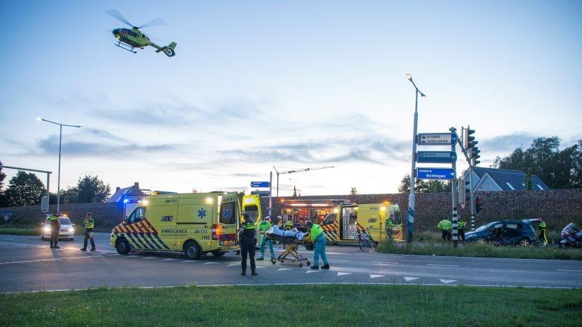 Man uit Poortvliet gewond bij botsing Bergen op Zoom.