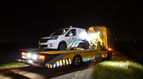 Gewonde bij eenzijdig auto-ongeluk in Hoek.