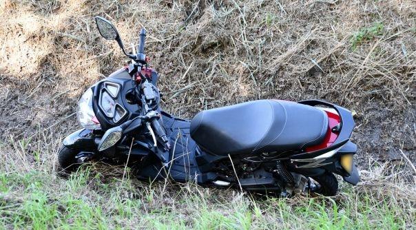 Scooterrijder gewond bij ongeluk op de grens.