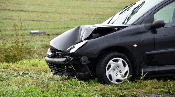 Meerdere ongelukken door gladde wegen.