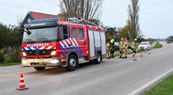 Brandweer helpt bij ongeluk Middelburg.