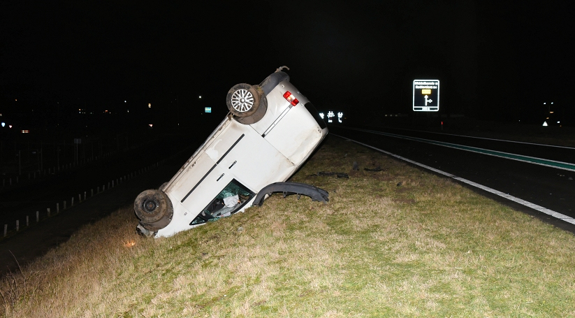 N59 bij Bruinisse afgesloten na ongeluk.