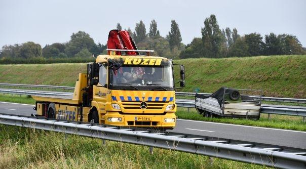 Aanhangwagen los bij ongeluk A58 Middelburg.