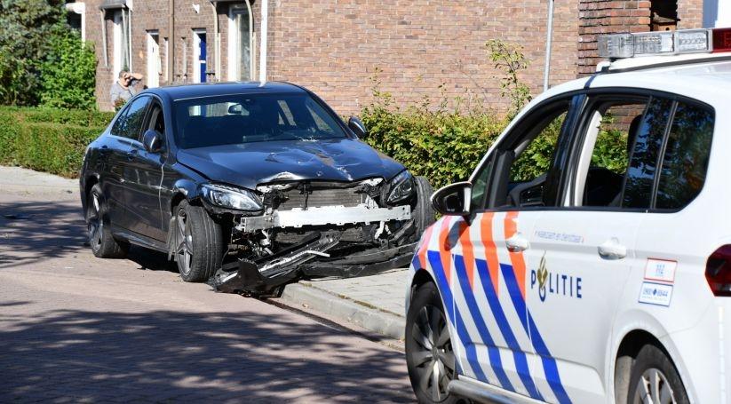 Ravage bij eenzijdig ongeluk in Sas van Gent.