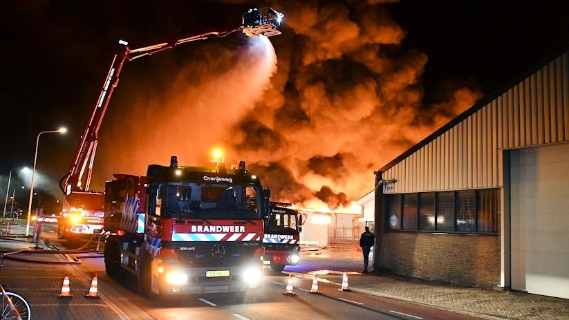 Zeer Grote Brand Keukenwinkel Sint Maartensdijk Hvzeeland Nieuws En Achtergronden Rond Veiligheid En Hulpverlening In De Provincie Zeeland