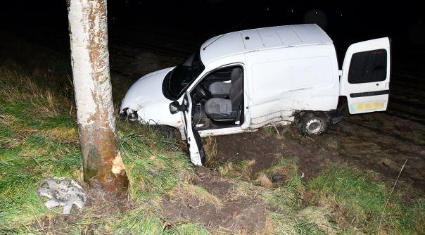Letsel bij eenzijdig auto-ongeluk Stavenisse.