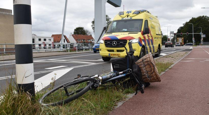 Fietser gewond bij ongeluk Ringbrug Goes.