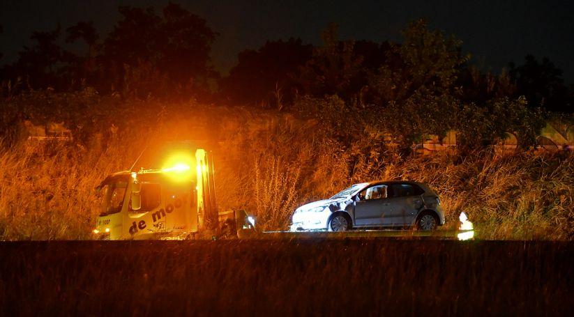 Auto getakeld na ongeluk A58 Kapelle.