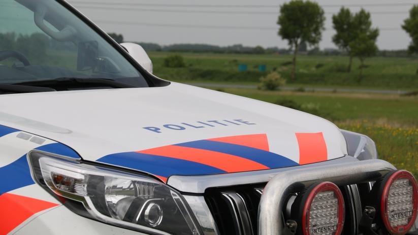 Auto in de sloot na ongeluk bij Zonnemaire.