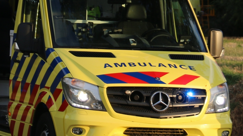 Bromfietser gewond bij botsing s-Gravenpolder.