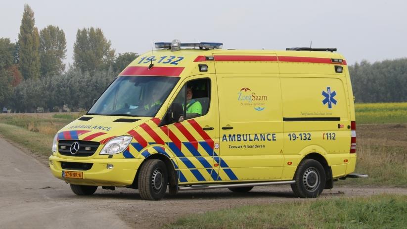Pijnlijke rug na ongeval in file bij Schoondijke.