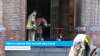 Kerk in centrum Sluis vol rook door brand